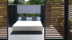 large round outdoor daybed